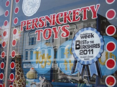 persnickety toys